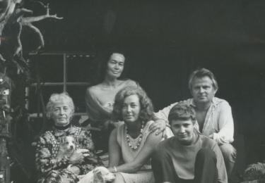 Se svou rodinou ve slovenské vsi Lazisko, kde to milovala a chtěla být pochovaná, foto archiv herečky