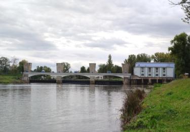 Malá vodní elektrárna