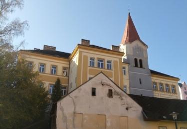 Škola a kostel