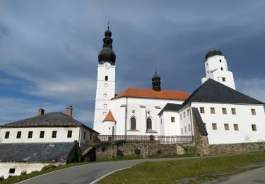 Kostel a fojtství