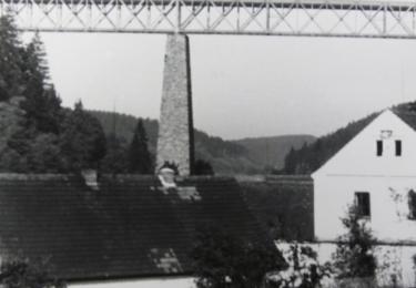 Ocelový most v roce 1940