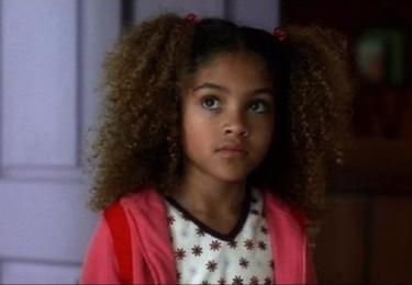 Dcera Vernity Green jak se objevila v dosud natočeném Kill Bill. V třetím dílu se spekuluje, že ji bude hrát Zendaya, foto Miramax