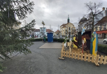 Masarykovo náměstí v Benešově s vánoční výzdobou, foto René Flášar