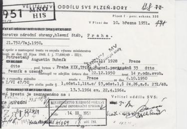 Dva dny před Štědrým večerem 1950 nastoupil Augustin Bubník čtrnáctiletý trest odnětí svobody ve věznici Plzeň-Bory, odkud byl přesně rok po zatčení převezen do uranového lágru