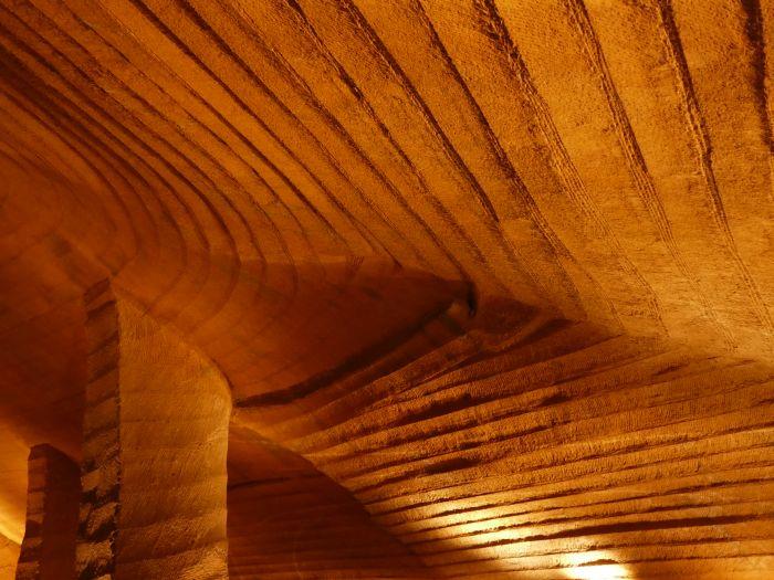 Jeskyně Longyou – detail stropu
