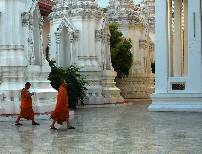 Buddhističtí mniši