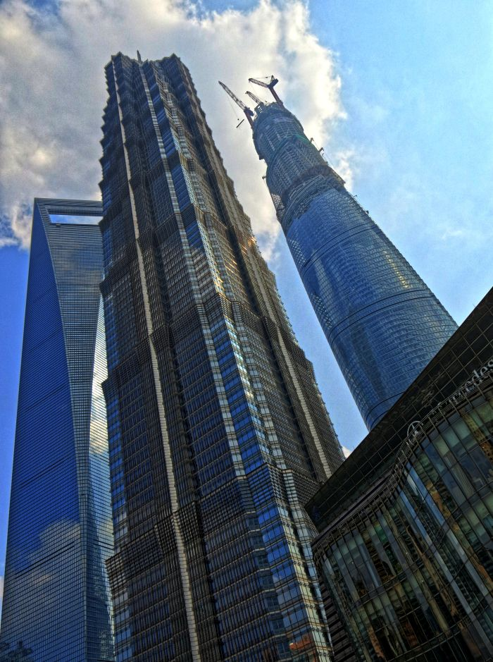 Shanghai Tower ve výstavbě s Shanghai World Financial Center