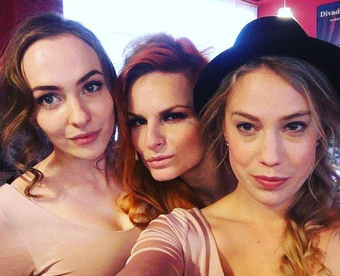 krejcikova_aneta_sen_noci_svatojanske