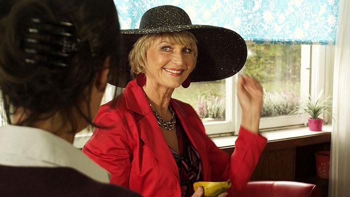 Hříšná babička Vilma v komedii Ženy v pokušení