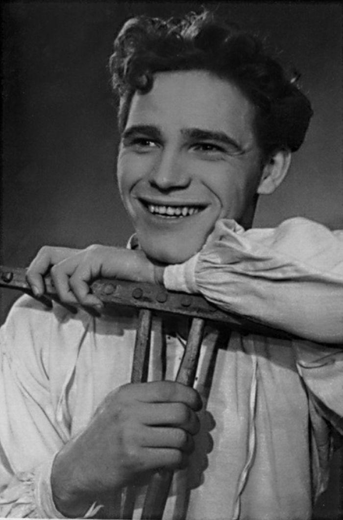 Jiřík v Tylově báchorce se zpěvy a tanci Jiříkovo vidění, v roce 1952 v Městském divadle pro mládež Praha