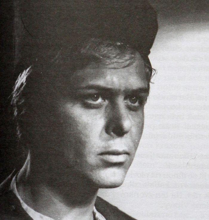 V dobrodružné pohádce pro dospělé Zlaté kapradí, kterou natočil v roce 1963 podle literární předlohy Jana Drdy režisér Jiří Weiss