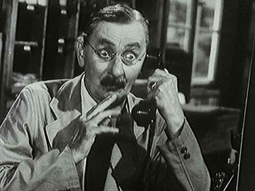 Ve svém posledním filmu, povídkové komedii režiséra Martina Friče Zaostřit, prosím!, si zahrál ve třetím příběhu účetního Duška