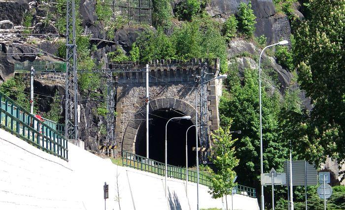 Děčín Pastýřská stěna tunel