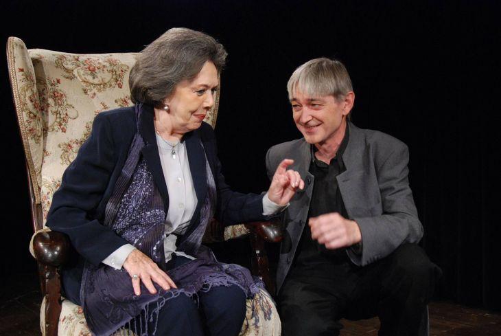 S Jiřinou Jiráskovou v Divadle Bez zábradlí ve hře Příliš drahá Mathilda