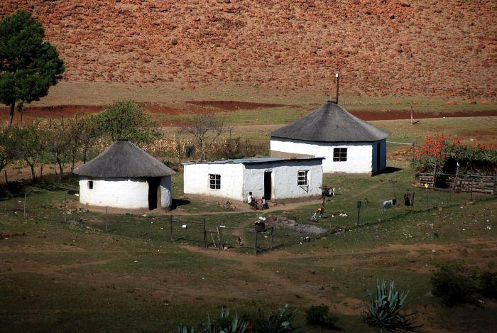 Tradiční zulská obydlí v provincii KwaZulu-Natal
