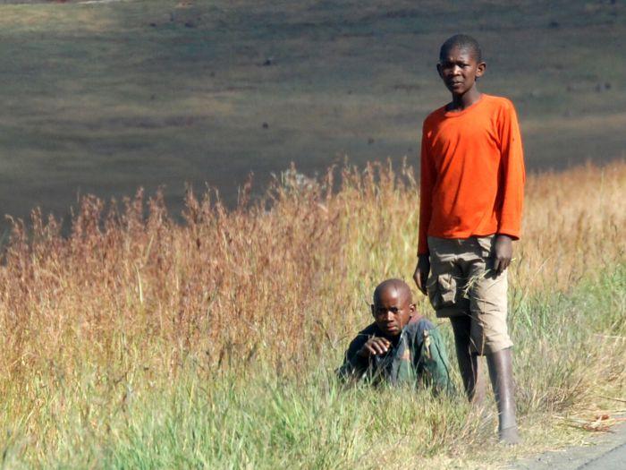 Mladí příslušníci kmene Zuluů