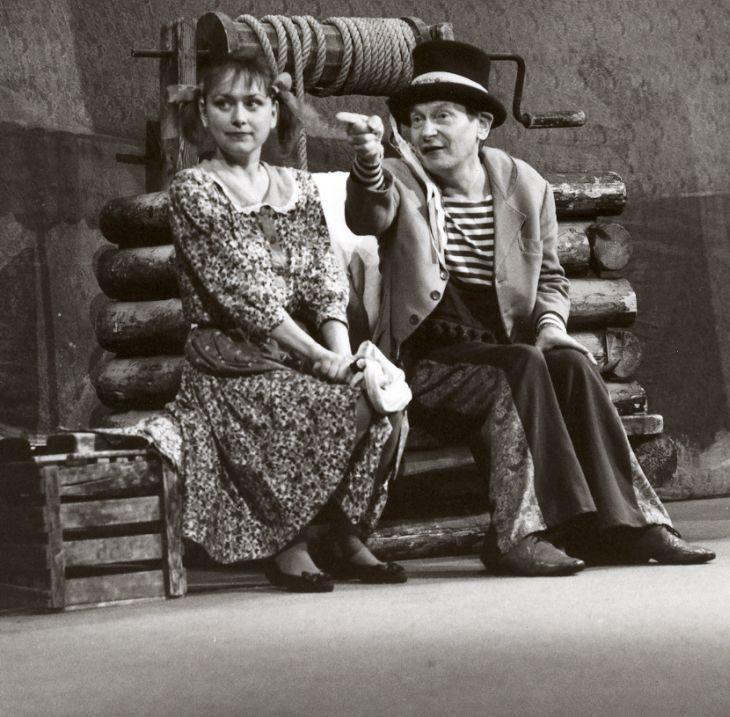 Se Stanislavou Topinkovou-Fořtovou v představení Čochtan vypravuje
