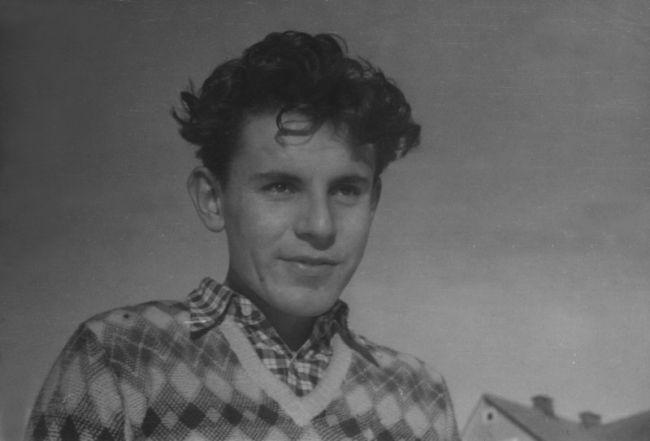Mladý Jan Tomáš Forman, kterého zná celý svět jako Miloše