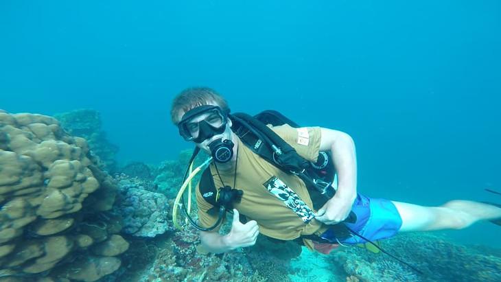 Zkoumání korálových útesů
