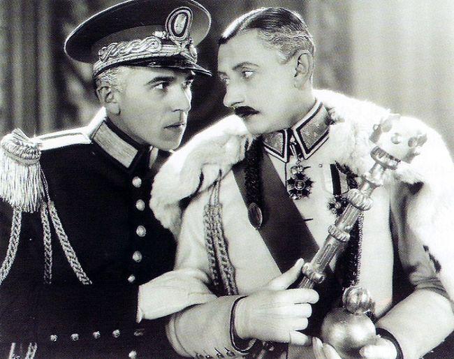 S Vlastou Burianem v roce 1932 ve slavné komedii Lelíček ve službách Sherlocka Holmesa