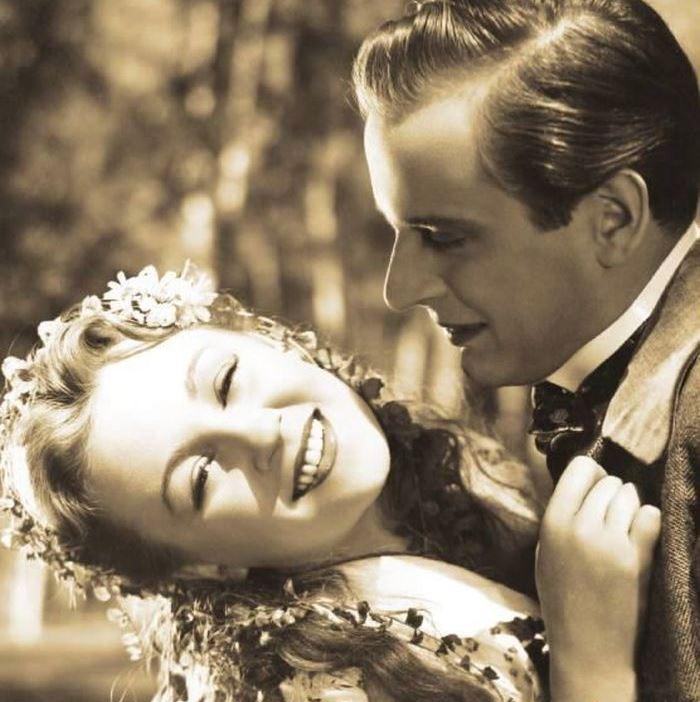 Helenka a Ríša (Svatopluk Beneš) v romantickém dramatu Pohádka máje, které podle literární předlohy Viléma Mrštíka natočil v roce 1940 Otakar Vávra
