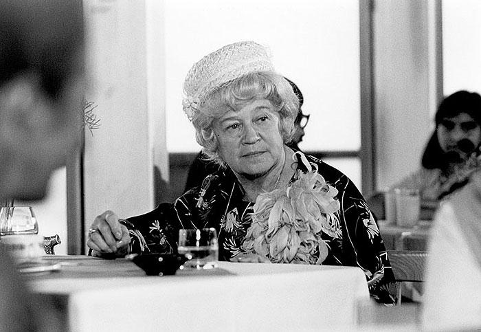 Věruška v roce 1981 v detektivní komedii Proč se vraždí starší dámy