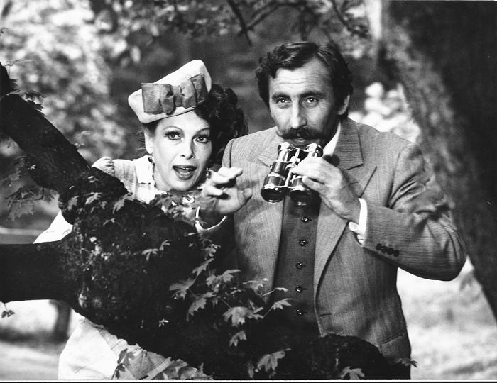 S Pavlem Zedníčkem v erotické komedii Anděl svádí ďábla, kterou natočil v roce 1988 její manžel Václav Matějka