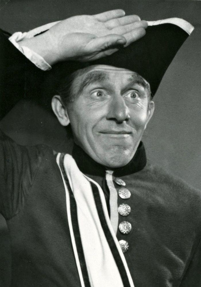 Komisař ve slavné komedii Carla Goldoniho Poprask na laguně – Divadla A. Dvořáka Příbram 1959
