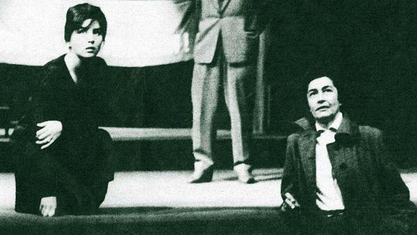 Režisérka Magda Lokvencová (vpravo) v roce 1963 při zkoušce na bratislavské Nové scéně