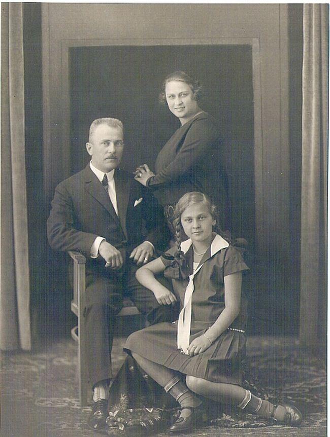 S rodiči Annou a Benno Kabátem