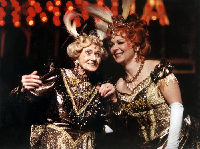 S Dagmar Novotnou v slavném muzikálu podle předlohy Thorntona Wildera Hello Dolly! – Východočeské divadlo Pardubice 1998