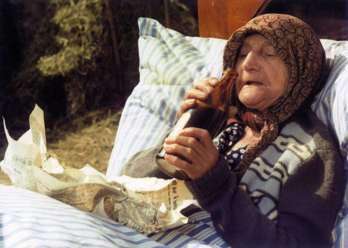 Troškova jedinečná babička Škopková v druhé části trilogie Slunce, seno…