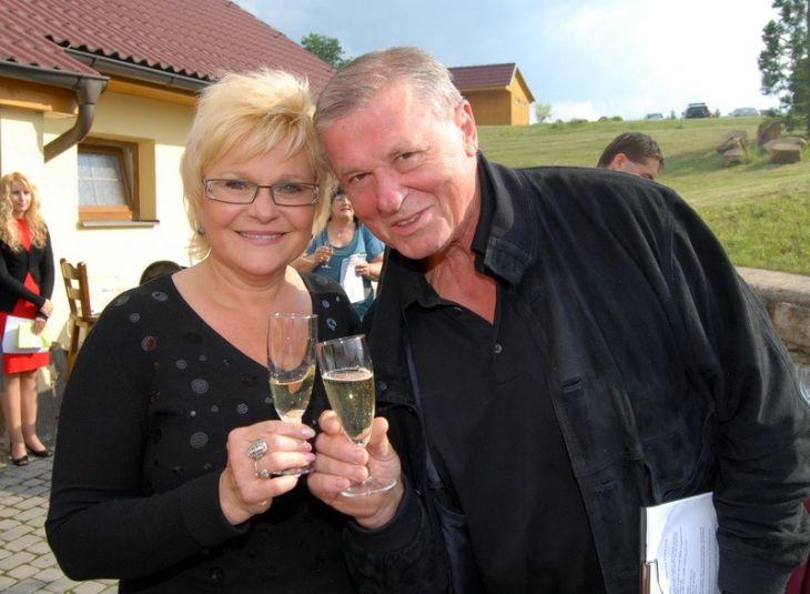 S manželkou Miladou