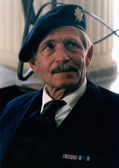 Cholerický otec Kraus v Hřebejkově komedii Pelíšky