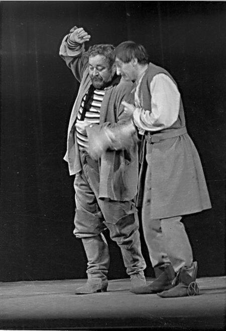 S Janem Werichem v roce 1957 v Divadle ABC, ve slavném představení Balada z hadrů