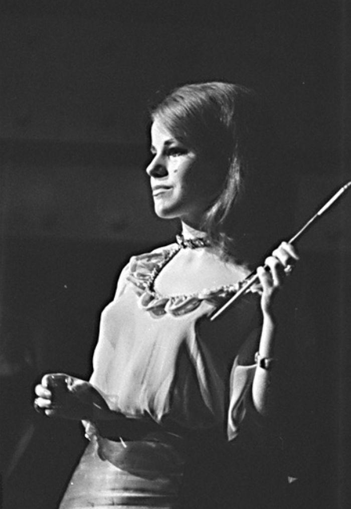 V roce 1968 ve studentském představení divadla AMU DISK Parník Glencairn