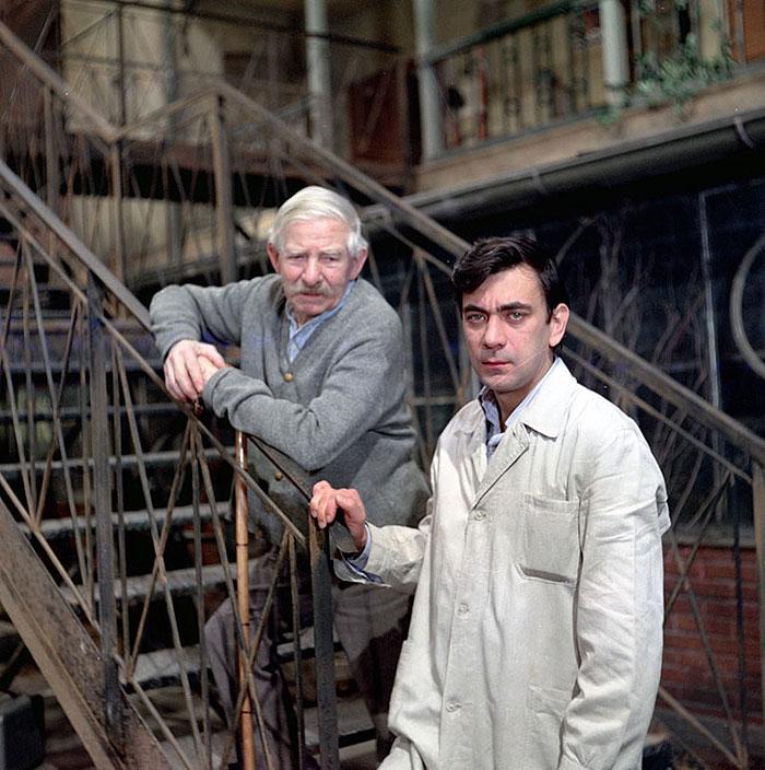 Dědeček Drvota s Petrem Čepkem v seriálu z roku 1974 Byl jednou jeden dům