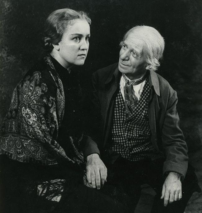 S Antonií Hegerlíkovou v roce 1955 v představení Divadla na Vinohradech Paličova dcera