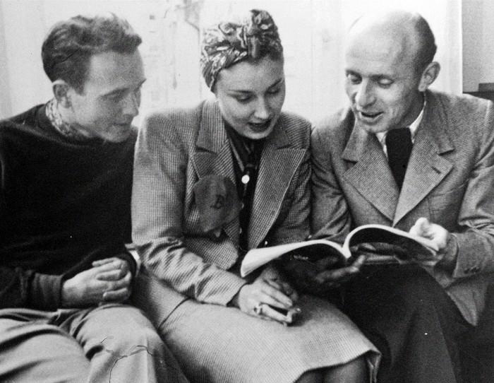 Václav Krška (vpravo) s Lídou Baarovou a Františkem Čápem – snímek z dokumentu Heleny Třeštíkové a Jakuba Hejny Zkáza krásou
