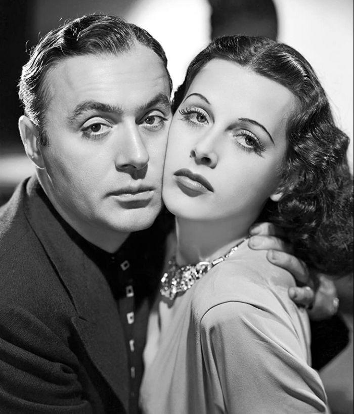 Poprvé americkou hvězdou – s Charlesem Boyerem v romantickém dramatu Alžír