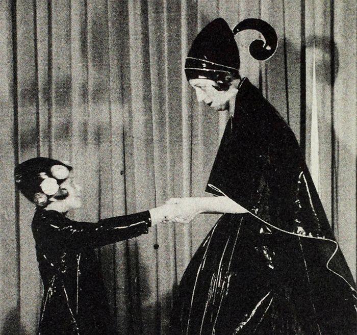 Plesová fotografie, která se stala předlohou pro firemní logo