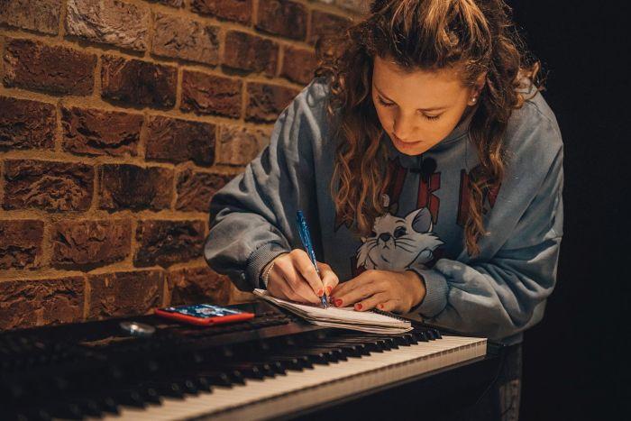 Ve studiu v Londýně
