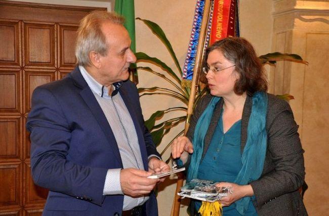 Starosta Litoměřic Ladislav Chlupáč s drážďanskou místostarostkou Evou Jähnigen