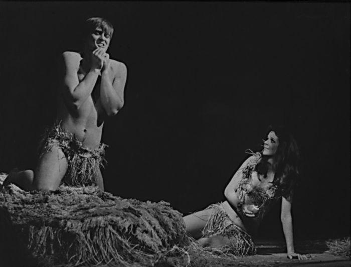 Adam a Eva (Taťjana Medvecká) v komedii Petera Hackse Adam a Eva – Tylovo divadlo 1978