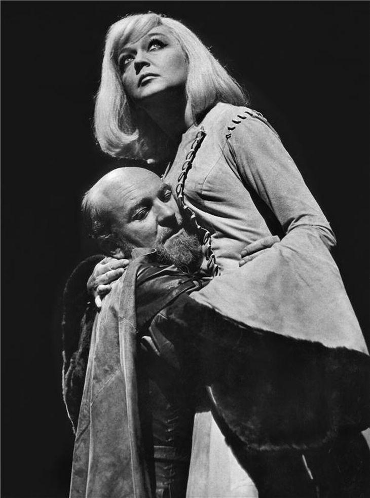 S Blankou Bohdanovou v roce 1969 v Národním divadle v Shakespearově tragédii Macbeth