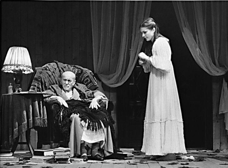 Jen pár měsíců před smrtí ve slavném dramatu A. P. Čechova Strýček Váňa