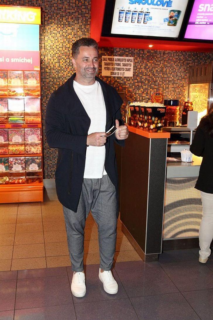 Těžko říct, zda byl tentokrát 'unavenější' Martin Dejdar, nebo jeho outfit