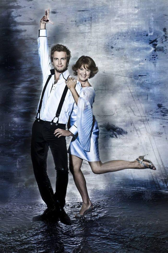 Původně měla v roce 2010 zářit ve čtvrté řadě StarDance s tanečníkem Michalem Kurtišem, ze zdravotních důvodů ale odstoupila a nahradila ji zpěvačka Aneta Langerová