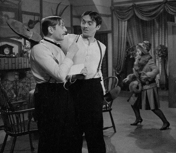 S Josefem Abrhámem v televizní inscenaci komedie Seana O'Caseyho z roku 1965 Penzion pro svobodné pány