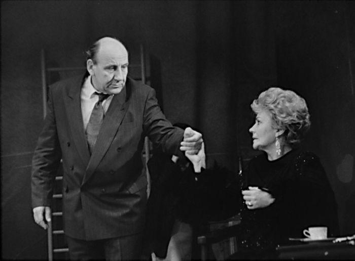 S Věrou Galatíkovou v komedii Julie, ty jsi kouzelná – Divadlo ABC 1992